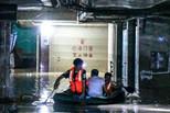 南宁部分地区突降暴雨导致严重内涝