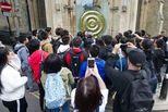 旅行团堵路,剑桥准备限制中国游客数量?