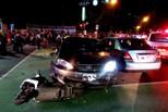 台湾警察酒驾闯红灯 冲撞7车致6人受伤