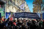 苹果公司在巴黎开店被抗议:赶紧交税!