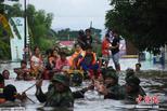 印尼发生洪灾 数千人被迫撤离家园