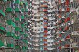 大都市生活:建筑密集如条形码
