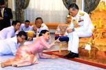 泰国新王后为\