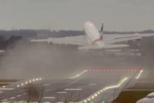 风暴肆虐!西班牙一飞机五度降落失败