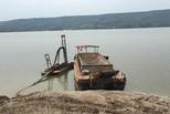 公司借清淤采砂获利上亿:交了钱没人查