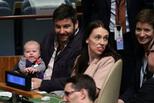 新西兰女总理带新生宝宝参加联大会议
