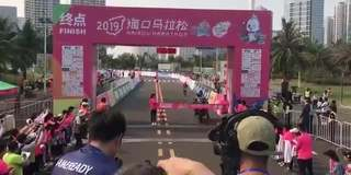 """海口马拉松摄影车""""夺冠"""" 官方回应"""