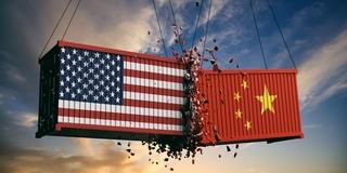 《关于中美经贸摩擦的事实与中方立场》