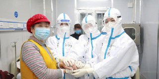 中國婦基會籌集近4萬包衛生巾運抵武漢