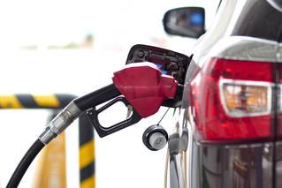 国内油价三连涨 加满一箱多花2.5元