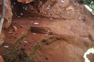 河南发现3万至4万年前古人类用火遗迹