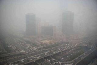 局地能见度200米 北京多条高速封闭