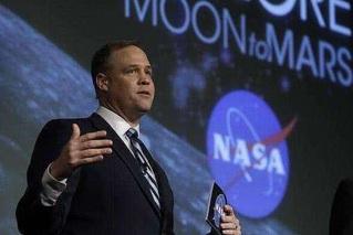 NASA:首位女性宇航员将在2024年登月
