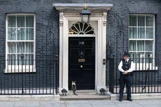 英国保守党党魁争夺战第二轮投票将至