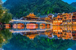 中秋旅游收入排名出炉 两省份超百亿