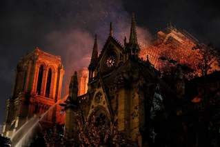 專家:火災后巴黎圣母院恢復需要10年
