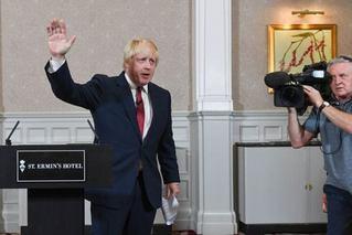 硬脱?#25918;?#39046;先首相选举 英或无协议脱欧