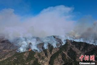 多支救援力量增援山西榆社山火火场