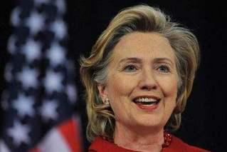 希拉里:不否认可能参加明年美国大选