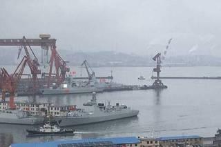 一造就是个航母编队 又有2艘055完成涂装