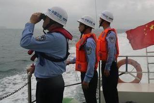 广州珠海强对流天气致渔船翻沉 8人失联