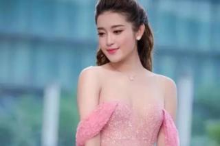 越南小姐冠军的最美瞬间 倾国倾城!