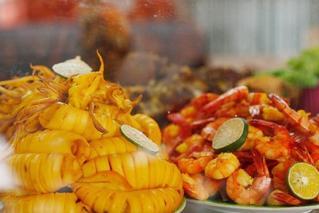 雅加达亚运会美食街 诱人美食不到20元