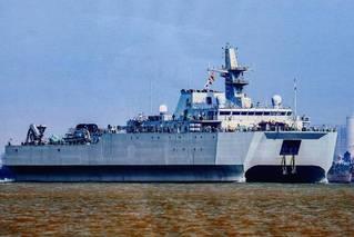 中国海军神秘新舰试航 将成潜艇克星