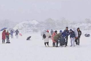 中東部又迎雨雪 今冬雨雪為何這么多