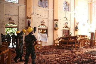 触目惊心!斯里兰卡受袭教堂白墙溅满残渣