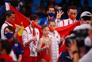 表现出色!中国体操队3金3银2铜收官