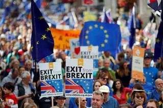 英国经济近七年来首次萎缩