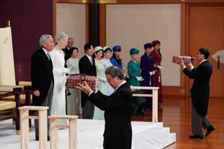 平成时代落幕!日本明仁天皇正式退位