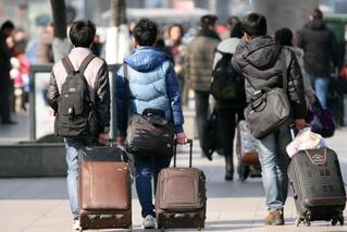 春运幕后岗位:为了亿万旅客平安温暖