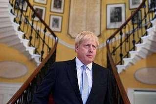 英脱欧角力迎关键一周:首相欲正面迎战