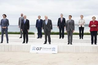 G7峰会领导人这张合影 耐人寻味