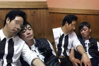 满脸疲惫!王宝强与马蓉离婚2年后喝酒照曝光
